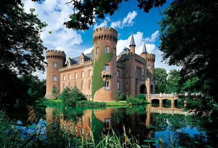 Jigsaw Puzzle - Moyland Castle, Germany (26074)